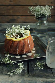 Lemon cake with elderberry syrup