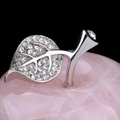 Cut Rose Quartz Crystal Apple Beeldje met Lichtmetalen Leaf Ornament voor Decoratieve en Festival Gift MS0019