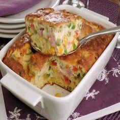 Omelete-suflê de forno – Caderno de Receitas Low Carb Recipes, Healthy Recipes, Good Food, Yummy Food, Light Recipes, Casserole Recipes, Quiche, Macaroni And Cheese, Easy Meals