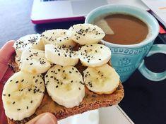 ↞ pinterest: mogo0207 ↠ More I Love Food, Good Food, Yummy Food, Healthy Snacks, Healthy Eating, Healthy Recipes, Healthy Fats, Food Inspiration, Vegan