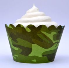 Camouflage Green Cupcake Wrappers #Cupcake #wrappers