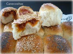 Pan picnic http://www.recetariocanecositas.com/pan-picnic-de-sabores-o-bollitos-rellenos/
