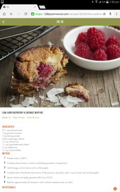 Low carb raspberry and coconut muffins Healthy Deserts, Healthy Eating Recipes, Healthy Treats, Healthy Mummy, Cooking Recipes, 28 By Sam Wood, Sugar Free Snacks, Coconut Muffins, Light Desserts