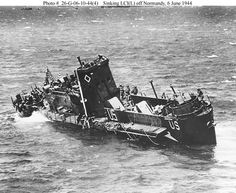 US Navy LCI(L) sinking off Normandy in June 1944 - Category:Omaha Beach, - Wikimedia Commons Omaha Beach, Normandy Invasion, D Day Landings, Pearl Harbor Attack, Landing Craft, Germany And Italy, The Blitz, Total War, Battle Of Britain