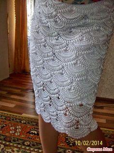 Crochet y dos agujas: Falda delicada tejida con ganchillo