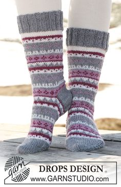 """Knitted DROPS Socks with pattern in """"Karisma ~ DROPS Design"""