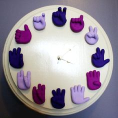 WANT! :-) I love this Clock!