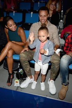 c9c016c0cabd Stephen and Riley Curry Wardell Stephen Curry