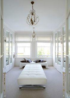 Dressing room | white dressing room