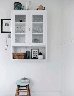the cozy space Painted Furniture, Modern Furniture, Home Furniture, Interior Modern, Interior Ideas, Rustic Kitchen, Kitchen Decor, Kitchen Ideas, Scandinavian Shelves