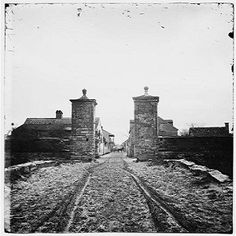 This episode features clips from a ghost tour Denise and Diane went on in St. Augustine, Florida and the history and hauntings of the area right around the Old City Gate and walls that includes the Huguenot Cemetery. Hear about Elizabeth and Judge John Stickney and the other spirits lurking in this most haunted city in America!  http://historygoesbump.libsyn.com/history-goes-bump-podcast-ep-15-outside-the-gate