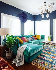 22 best ideas for living room dark green couch furniture Home Living Room, Living Room Decor, Apartment Living, Decor Room, Room Art, Apartment Interior, Interior Doors, Interior Paint, Room Interior