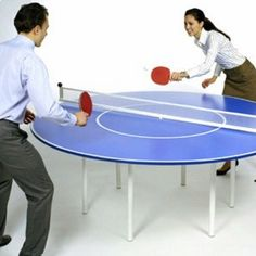 Round table tennis table, hmmmm concept only Outdoor Table Tennis Table, Ping Pong Table Tennis, Outdoor Tables, Tennis Pictures, Purple Rooms, Play Tennis, Sports Gifts, Table Games, Beautiful Interiors