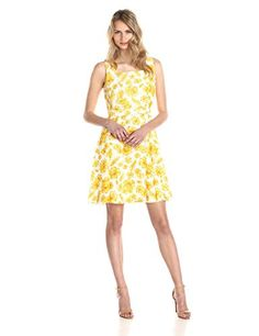 6e2056cc3c Gabby Skye Women s Sleeveless Daisy Print Dress