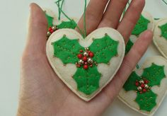 Hey, I found this really awesome Etsy listing at https://www.etsy.com/ca/listing/247790458/felt-christmas-ornament-set-of-5-felt