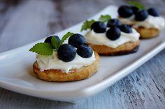 fresh blueberry dessert bruschetta ++ recipe girl