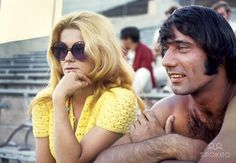 45 Rare and Iconic Photos of Broadway Joe Namath Being The Coolest Man Alive Hollywood Party, Old Hollywood, Nfl Hall Of Fame, Joe Namath, American Football League, Ann Margret, Iconic Photos, Cary Grant, Sports Pictures