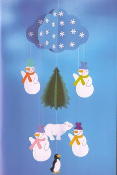Mobil paper - U. Winter Crafts For Kids, Fall Crafts, Art For Kids, Diy And Crafts, Kids Crafts, Arts And Crafts, Paper Crafts, Christmas Window Decorations, School Decorations