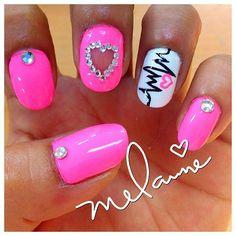22 Beautiful Valentine Nail Designs to Symbolize Love
