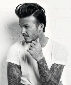 David Beckham The father of four talks about his career and Olympic hopes in the new issue of Mens Health magazine Undercut Men, Undercut Hairstyles, Hairstyle Men, Medium Hairstyles, Trendy Hairstyles, Hairstyle Ideas, Wedding Hairstyles, Cabelo David Beckham, Tatoo Henna