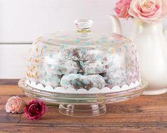 Pastel Colored Confetti Cake Plate -- Make a pastel colored confetti cake plate!  #decoartprojects