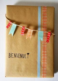 Emballage cadeau naissance Bienvenue, Fanions, Papier kraft