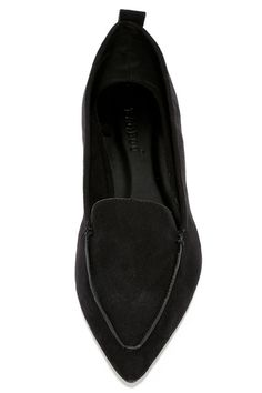Adds sophisticated flair to every ensemble with the Emmy Black Suede Pointed Loafers! These chic little vegan suede flats have a pointed toe upper, and a low-cut, notched collar. Pull tab at heel.