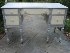 grey painted desk--one of my next projects! (painted with Paris Grey and Old White Chalk Paint) Gray Vanity, Vanity Desk, Paris Grey, Distressed Furniture, Repurposed Furniture, Filofax Diy, Furniture Making, Diy Furniture, Furniture Refinishing
