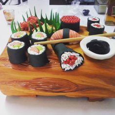 Sushi cake, gumpaste and fondant