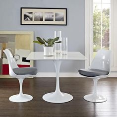 """Lippa Wood Top 36"""" Dining Table in White"""