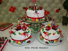 www.bolospriscila.com.br 125 fatias Joaninha Torta Bolo Chantilly (nobre americ) minibolo joaninha, topo de bolo e decoraçoes