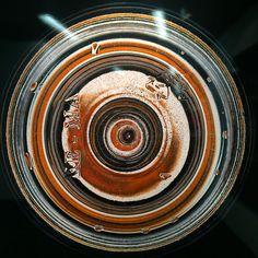 Quanto sei bello fondo di bottiglia  #arte #mostra #art #photography #waterislife #ericmaillet #solocosebelle #contemporaryart #contemporaryphotography #milanodavedere #milanodascoprire#nofilter by la_ellis