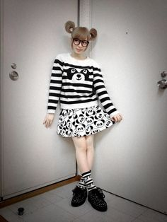 Kyary Pamyu Pamyu! That Nerd- Cute Look is always in style in my book!