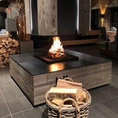 """Brunner on Instagram: """"Wenn man sich nicht nur gemütliche Abende wünscht, sondern auch ein Highlight im Wohnraum haben möchte 😍 Das BRUNNER Urfeuer 4free ist ein…"""" Pergola Lighting, Outdoor Pergola, Outdoor Decor, Modern Fireplace, Fireplace Design, Chalet Design, House Design, Gazebo With Fire Pit, Fire Pit Ring"""