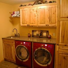 Minneapolis Laundry Room Small Laundry Room Design, Pictures, Remodel, Decor and Ideas - page 2