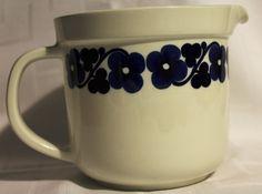 Arabia Finland, AAMU, design Esteri Tomula 1970s Retro Styles, Kettles, Marimekko, Scandinavian Style, Aladdin, Manners, Finland, 1970s, Pottery