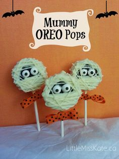 Halloween Treats Mummy Oreo Pops Easy no bake treat that the kids will love making