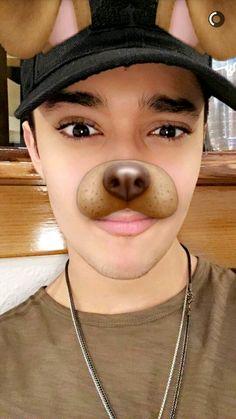 Joel your bae Cnco Snapchat, Joel Pimentel Snapchat, Wallpaper World, Iphone Wallpaper, Love You Papa, Twitter Bio, Cute White Boys, Just Pretend, Sing To Me