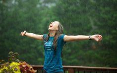 Alone laugh in the rain ^^
