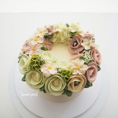 Please place an order 3 days in advance.  Contact Line ID: @sweetpetal Mobile: 0882522627 Email: sweetpetalcake@gmail.com IG: https://instagram.com/sweetpetalcake FB: https://www.facebook.com/SweetPetalCake