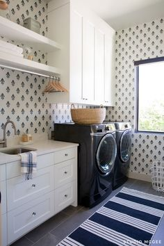 gorgeous 31 Newest Black And White Laundry Room Design Ideas To Have Laundry Room Cabinets, Laundry Room Organization, Laundry Room Design, White Laundry Rooms, Black And White Wallpaper, Home Trends, Of Wallpaper, Laundry Room Wallpaper, Living Room Designs