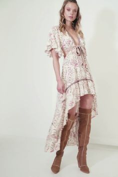 Material: Polyester, Lanon Boho maxi dress Unique floral print Floating high-low hem Adjustable tie front with keyhole sides Delicate flounce sleeve with frilled hem Girls Maxi Dresses, Hippie Dresses, Boho Dress, Day Dresses, Nice Dresses, Fashion Dresses, Summer Dresses, Dress Casual, Long Dresses