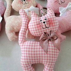 Amazing Home Sewing Crafts Ideas. Incredible Home Sewing Crafts Ideas. Sewing Toys, Baby Sewing, Sewing Crafts, Sewing Projects, Free Sewing, Fabric Toys, Fabric Crafts, Doll Patterns, Sewing Patterns