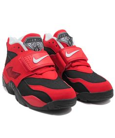 Nike: Air Diamond Turf (Black/White-Challenge Red)