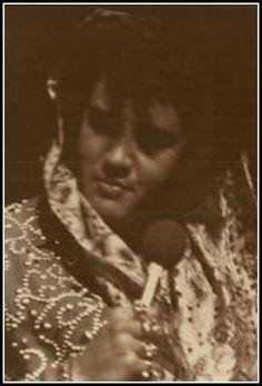 Rare: Elvis photo