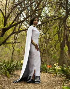 African Traditional Wear, Traditional Dresses Designs, Traditional Outfits, African Wedding Dress, African Print Dresses, African Dress, African Weddings, African Love, African Men