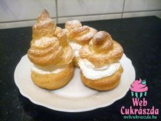 Képviselőfánk Muffin, Goodies, Cooking Recipes, Cakes, Breakfast, Food, Sweet Like Candy, Morning Coffee, Gummi Candy