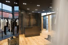 The new flagship fashion store is flanked by leafy urban gardens. Taylormade, Boutiques, Furniture, Home Decor, Boutique Stores, Decoration Home, Room Decor, Clothing Boutiques, Boutique