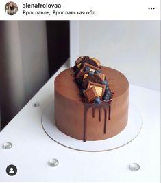 Mini Cakes, Cupcake Cakes, Chocolate Birthday Cake Decoration, Drippy Cakes, Slab Cake, Brithday Cake, Chocolate Cake Designs, Fruit Cake Design, Ice Cream Birthday Cake