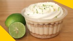 PAY DE LIMON PARA NEGOCIO   INCLUYE COSTOS - YouTube Easy Desserts, Delicious Desserts, Yummy Food, Gourmet Desserts, Cake Recipes, Dessert Recipes, Mini Pies, I Love Food, Sweet Tooth